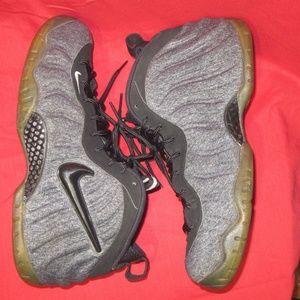 """Nike Air Foamposite Pro """"tech Fleece"""" 624041-007"""